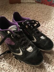 Girls Diadora Soccer cleats