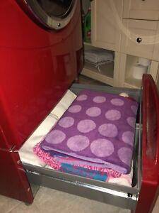 Piédestal pour laveuse et sécheuse GE usagée