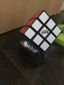 Rubix original speed cube with stand