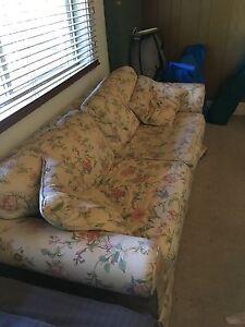 Moran 3 seater sofa bed Alphington Darebin Area Preview