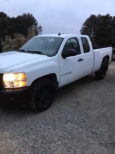 2009 CHEV EXT CAB 2WD