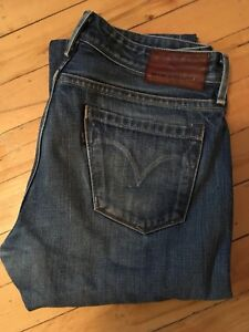 Levis Made & Crafted size 28