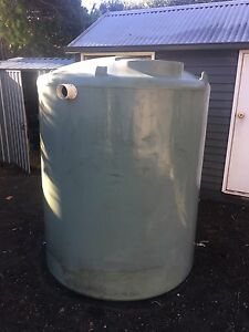Used water tank - 2,250 Litre Yarraville Maribyrnong Area Preview
