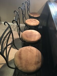 Swivel Bar Stools x4