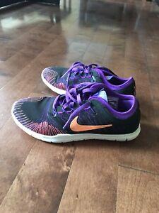 Nike Runners - women size 6
