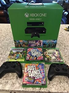 XBOX ONE 500GB + KINECT COMES WITH GAMES  AND 2 CONTROLERS