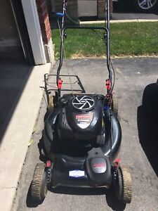 Craftsman Lawnmower. Self Propelled. Excellent condition