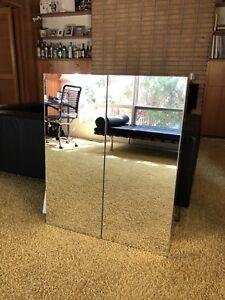 Brand New IKEA Godmorgon Mirror cabinet