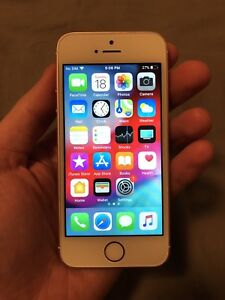 Rose Gold iPhone SE - Very Good Condition - Unlocked!