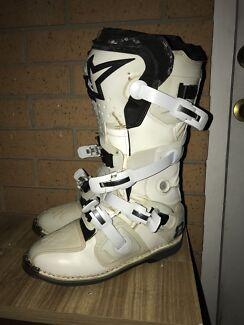 Alpine star tech 8 boots