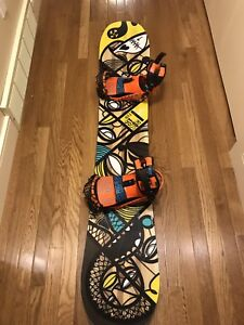 Rossignol snowboard 156cm with ride bindings