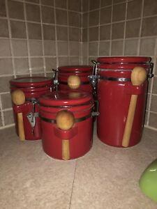 Canister set for kitchen