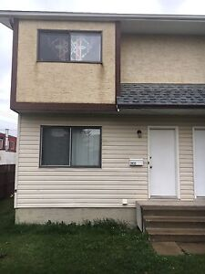 For Rent in Wetaskiwin