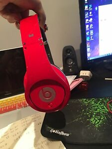 beats earphone