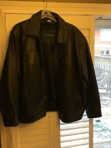Men's Danier Leather Jacket XL Bomber Style Great Condition