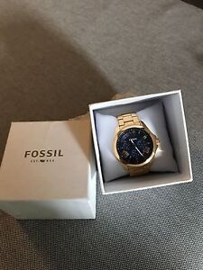 Fossil watch ( women)