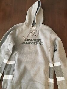 Under armour hoodie - size M - brand new with tags