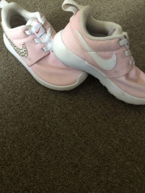 Nike toddler diamond kicks genuine size 8.5 EUC  2b6fd9dca2