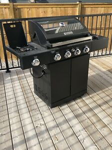 Master Forge 4 Burner BBQ With Glass