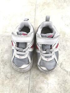Nike runners size 6