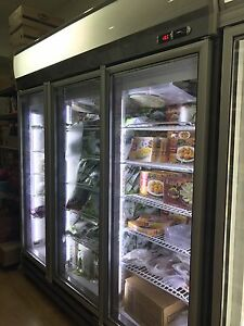 GLASS 3 DOOR COMMERCIAL FREEZER Hurstville Hurstville Area Preview