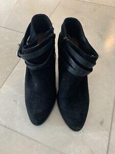 Diana Ferrari Black Suede Ankle Boots Size 6.5