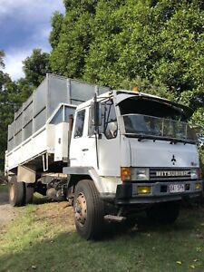 Tipper FM 557 Capalaba Brisbane South East Preview