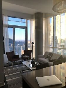2 bedrooms condo to rent downtown with appliances Bell Center