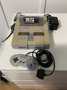 Super Nintendo SNES complete with game