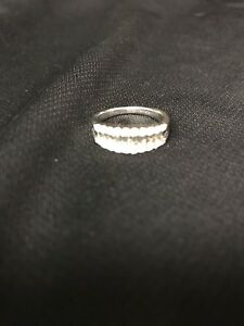 White gold baguette diamond ring
