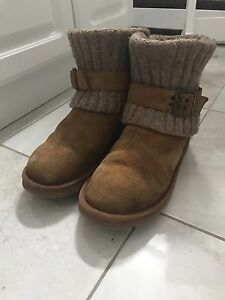 Authentic Ugg boots size 8, Cambridge style