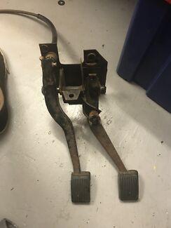 manual conversion in melbourne region vic auto body parts rh gumtree com au Manual Car Pedals Billet Pedal Covers