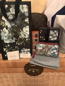100% AUTHENTIC GUCCI BLOOM WALLET