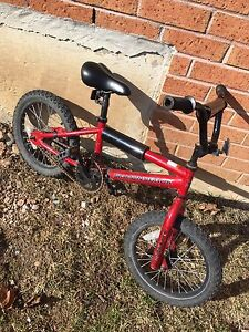 "DIAMONDBACK Kids bike with 16"" tires"