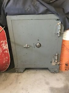 Combination safe