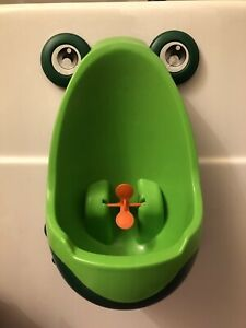 Toddler urinal