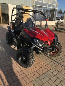 2015 CFMOTO ZFORCE 800 - LIKE NEW WITH 2 YEAR WARRANTY