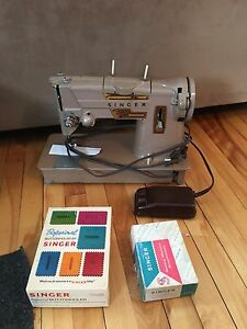 Vintage Singer Sewing Machine Stylomatic 328K