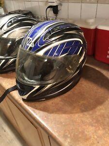 2 casque de scooter/moto