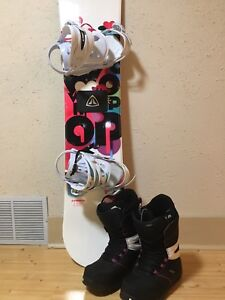 WOMENS SNOWBOARD, BINDINGS, & BOOTS (GREAT CONDITION)