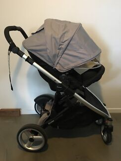 Steelcraft Strider Compact Pram- REDUCED for quick sale!!