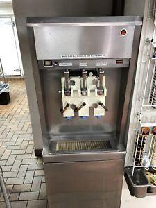 TAYLOR 3 flavor milkshake machine 208/3 phase, water cooled