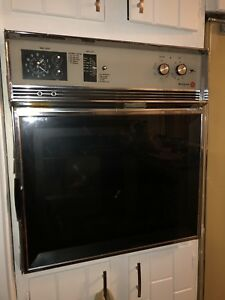 1960s WESTINGHOUSE WALL OVEN