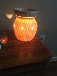 Scentsy burners/Essential Oil porcelain night light