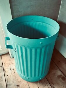 Vintage garbage can - turquoise