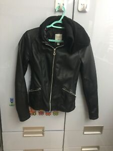 Guess Leather Jacket xs
