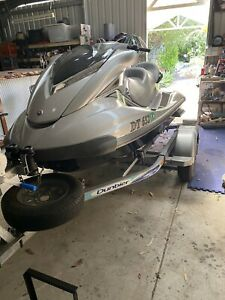 Jet ski swap for bowrider or twin hull