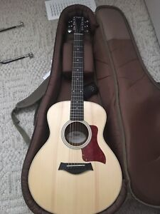 Taylor acoustic GS mini. With pick up