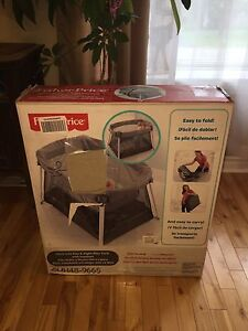 Fisher Price Ultra Lite Day and Night Portable Playard