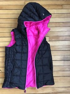 GIRLS SZ 10/12 IVIVVA VEST REVERSIBLE MINT